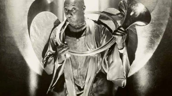 Edward Steichen. Wesley Hill as Angel Gabriel in The Green Pastures, New York. 1930. Gelatin silver print. Collection of the Luxembourg National Museum of History and Art © The Estate of Edward Steichen / Artists Rights Society (ARS), New York, 2015