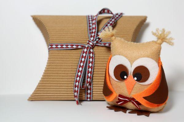 menschen mit behinderungen fertigen geschenke f r die g ste der ratspr sidentschaft. Black Bedroom Furniture Sets. Home Design Ideas