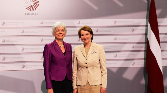 From left to right: Ms Cornelia Quennet-Thielen, State Secretary at the German Federal Ministry of Education and Research; Ms Mārīte Seile, Latvian Minister for Education and Science. Photo: EU2015.LV