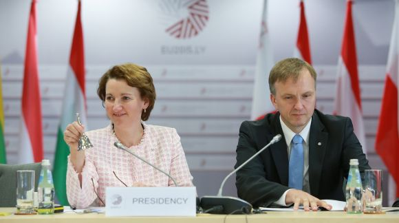 Mārīte Seile, Minister for Education and Science of the Republic of Latvia and Andrejs Pildegovičs, State Secretary of the Ministry of Foreign Affairs of the Republic of Latvia. Photo: EU2015.LV